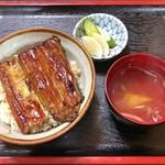 埼玉屋 - うな丼(お吸い物、お新香付)