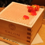 サロン ギンザ サボウ - 茶房パフェ苺単品1,300円