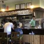 らぁ麺 紫陽花 - 右端の人が店長さん‼️丁寧で誠実な方‼️