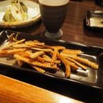 居酒屋 菜づ菜 - ウナギの骨の唐揚げ