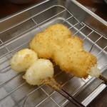 串カツさくら - いか(160円)うずら卵(190円)