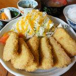 めし処 あきやま - 料理写真:ハムフライ定食 500円。 食後にコーヒーが付く