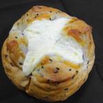 モンペリエ - 料理写真:4種のチーズブール