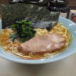 町田家 - ラーメン(並)720円