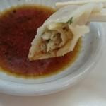 原宿ラーメン - タレはお店オリジナルで小皿に入って提供されます。