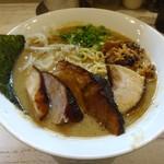 麺ガレージ 肉ヲ見ル - 特濃混合魚介ラーメン