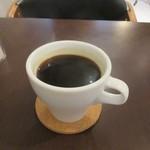 ガルカーリー - 最後はセットの飲み物にホットコーヒーを選んで少しゆっくりさせてもらいました。