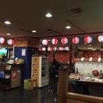 沖縄食堂 てぃーだかんかん - こ〜んな感じの店内です