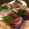味かん - 料理写真:刺し盛り小ざる 550円