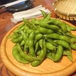 隠れ家個室居酒屋 和人 - ふっくら塩茹で枝豆