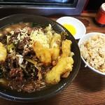 牧のうどん - 料理写真:肉ごぼう天+かしわ飯