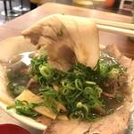 神戸ラーメン 第一旭 - Bラーメンはチャーシュー麺のこと、これはバラ肉です(2018.5.20)