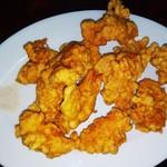 平和飯店 - 骨なし天ぷら(鶏肉)