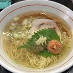 麺屋 義 - 梅塩ラーメン(880円)