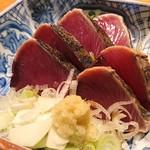 東岡崎魚酒場 どぉーん - 鰹のたたき