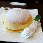 ハナハナカフェ - はちみつパンケーキ