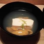86173239 - 雲丹と凍豆腐の椀