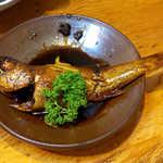 鬼瓦 - ムツの煮付け。黒い煮汁、甘辛く濃いめの味付けで絶品! これは必食です