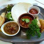 レストランカフェ・地球こうさてん - トルコ・タイ・ケニア・メキシコ・ベトナム