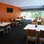 レストランカフェ・地球こうさてん - 静かな席もあります