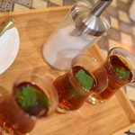 アラビアレストラン ゼノビア - サービスのミント茶2018年5月