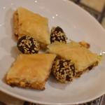 アラビアレストラン ゼノビア - サービスのお菓子2018年5月