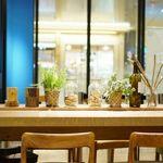 ウナウ カフェ アンド キッチン - 内観