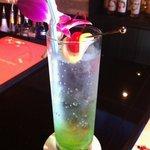 Dining&Bar Luxeee - アップルキウイレモネード580円