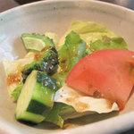 博多 五行 - 無料サービスは、白ご飯ではなく、サラダという選択もできます。