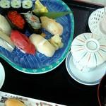 新富鮨 - 料理写真:上寿司セット(ランチ)