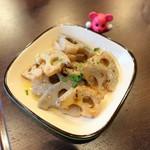 和食バル ふるぼ - レンコンのペペロンチーノ ¥350
