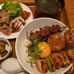 楽一 - 焼鳥丼(2011/07/12撮影)