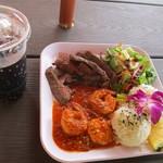 Barefoot Beach Cafe - 料理写真:ステーキ&スリンプ・コンボ