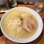 らーめん芝浜 - 阿波尾鶏と帆立の白湯そば ¥750