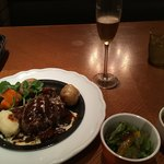 洋食 キッチン大宮 - 大人な雰囲気が溢れます