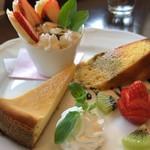 カフェ ラバーズリープ - ケーキ三種盛り