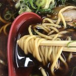 86203010 - 新福菜館本店 中華そば(並) 麺