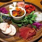 家バル SADI - 前菜盛り合わせ8品