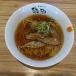 醤油そば 琥珀 - 料理写真: