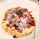 レストランブローニュ - 料理写真:今月のおすすめケーキ!ホーレノワール
