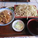 丸味食堂 - 料理写真: