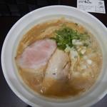 麺や hide - 醤油ラ~メン