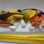 スリール - 料理写真:ロールケーキ