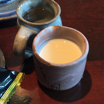 茶々明日香 - コーヒーフレッシュ、ガムシロも陶器