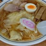 86229682 - ワンタン麺780円