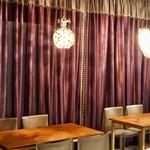グラン クリュ カフェ ギンザ - テーブル席