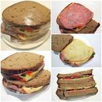 86242998 - ラップにくるまれたサンドイッチが2つ