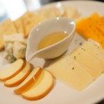 WINE&PIZZA HACHI - チーズ5種