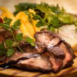 クッチーナ・ディ・トリヨン - トリヨンの定番!お肉の3種盛り合わせ