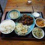 8625754 - 黒酢酢豚定食800円